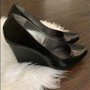 Max Studio Black Patent Leather Wedges   7